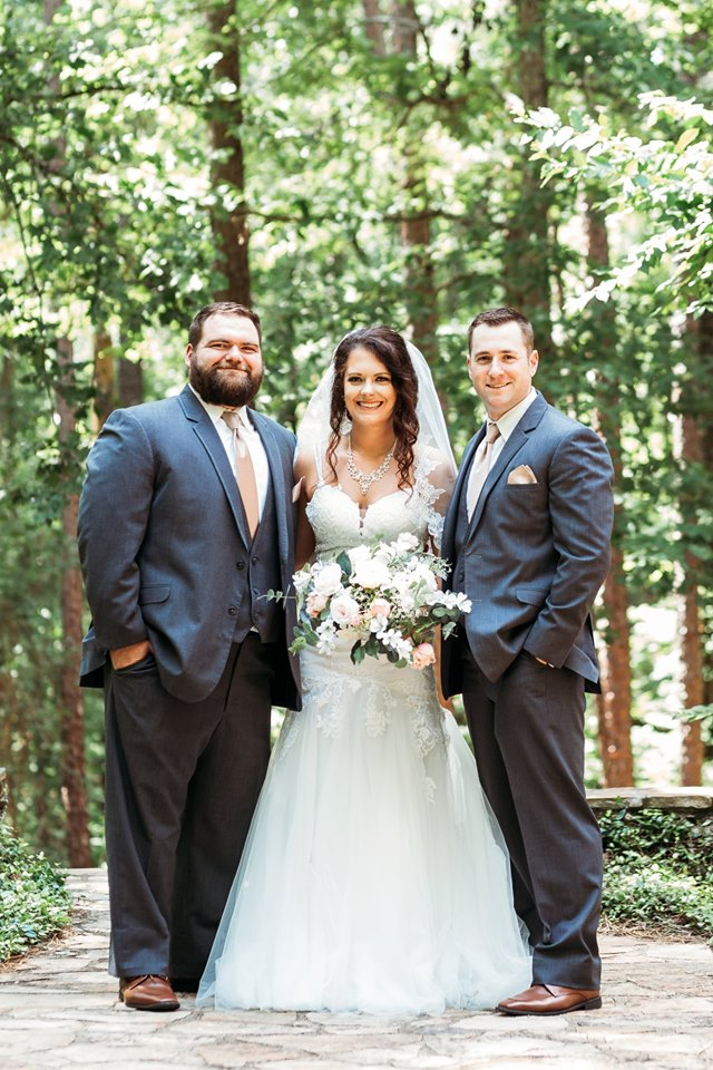This image has an empty alt attribute; its file name is fiona-and-brandon-wedding-boys-and-fiona.jpg